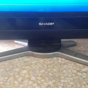 Sharp 32' lcd hd tv