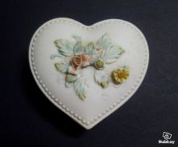 Heart-Shaped Ceramic Trinket Box