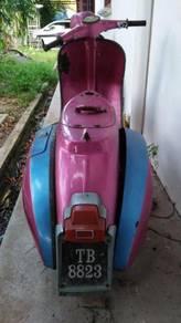 1995 or older Vespa untuk dijual
