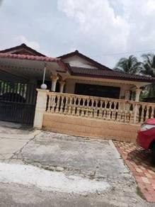Rumah bungalow beserta tanah 4000sqft