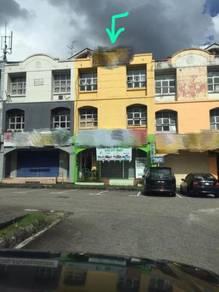 3 storey Shoplot Taman Daya For sales Tenanted Near Mount Austin