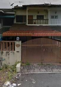 Rumah pelajar di ampang