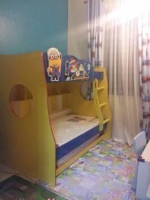 Katil kanak-kanak 3 tingkat