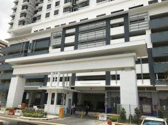 MASTER ROOM (share MALE) rafflesia condo walking ke lrt sentul timur
