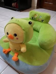 Baby sofa 90%new, seldom use