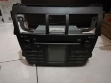 Toyota vios original generation 2 CD player