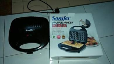 Wafer maker