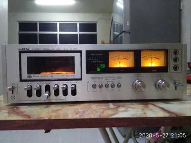 Vintage hitachi lo-d d500 3head cassette deck