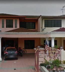 Mencari Rakan Penyewa Bilik Rumah Teres 2 Tingkat, Seksyen 6, Shah Ala
