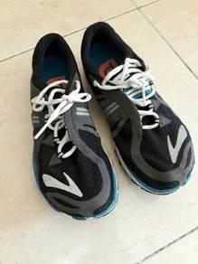 Brooks running shoes - Puredrift Ori