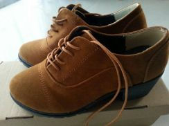 Shoes (Brown)