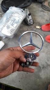Laambang mercedes logo merc parking pol ori paking