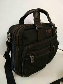 Tumi alpha bravo briefcase