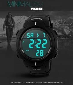 SKMEI 1068 Men Digital Wrist Watch Chronograph 50M