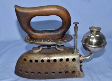 Vintage antique rare ck germany gasoline iron