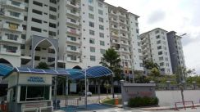 Condominium, Pangsapuri Anggun, Seksyen 4, Bandar Baru Bangi, Bangi