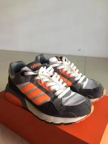 Adidas Neo UK 6.5
