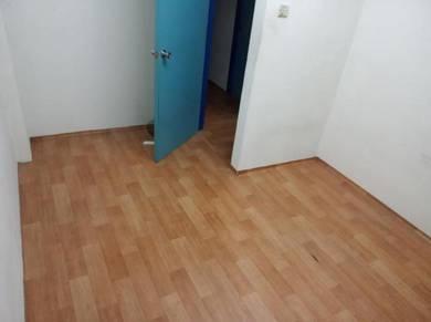 Medium Room Flat Sri Pajam (Non-sharing)