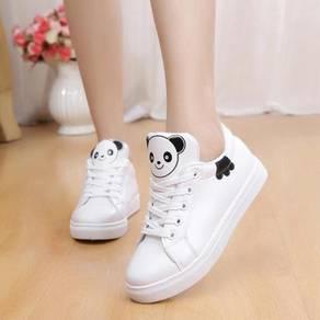 Cutie Shoe Panda Look