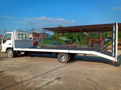 Isuzu NPR66L Rebuild Car Carrier from Japan