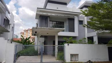 FREEHOLD Semi Detached Kayumanis Garden Villa , Seksyen 5 Bangi