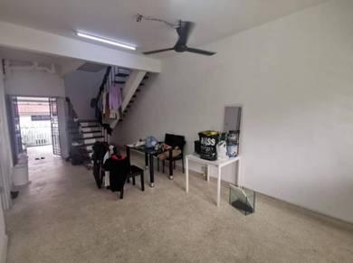 Johor Bahru Taman Pelangi Jalan Nila 2 Storey House (CAN FULL LOAN)