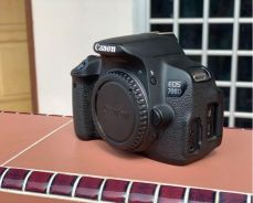 Canon 700d (body only)