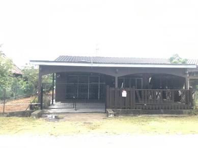 Single storey semi detached Teluk intan,Perak