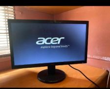 Monitor acer 21inci