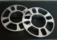 Car spacers Universal