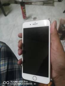 Iphone 8 plus condition tiptop.