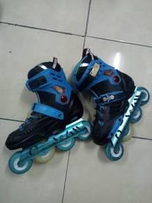Purple Light & Blue Light Roller Blade Shoes