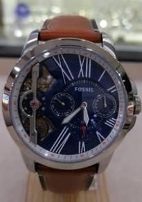 Fossil watch n modern style