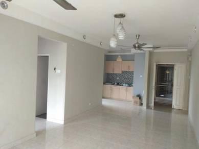 Koi Tropika Condo Bandar Puteri Pasir Puchong Kitchen Cabinet AC