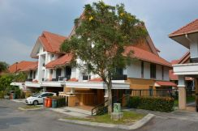 2 and 1/2 Storey Terrace Corner Lot Presint 18 Putrajaya