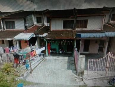2 stry teres taman berkat, simpang, Perak