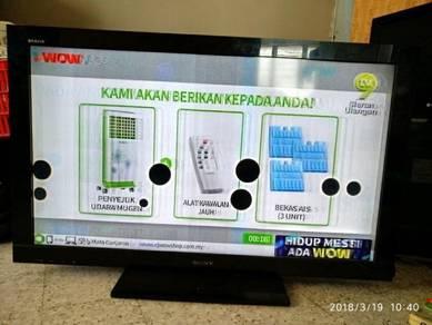 Sony Bravia LCD TV 42