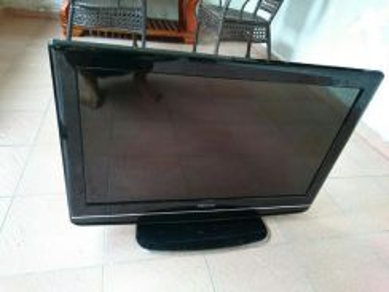 Lcd Tv 32 inci