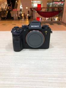 Sony a9 fullframe body (98% new)