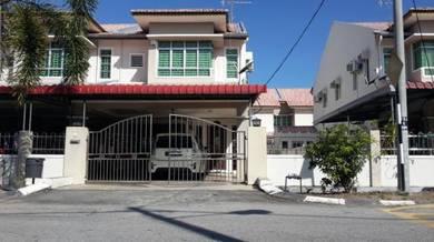 Double Storey End Lot near AEON Manjung