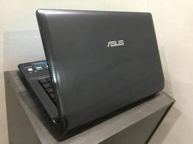 """Asus A42J Pentium / AMD RADEON GRAPHICS/14"""""""