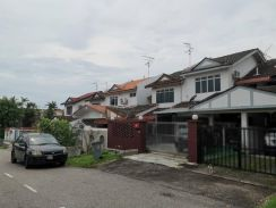 FULL LOAN!! Taman Daya CORNER House Renovated Fully Extended