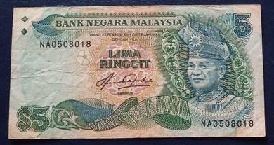 RM5 Aziz Taha 5th NA0508018
