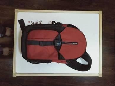 Vanguard biin 47 sling camera bag