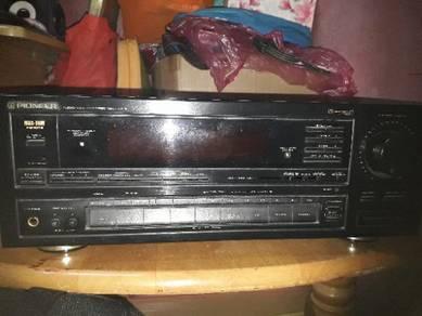 Pioneer amplifier Model VSX-552