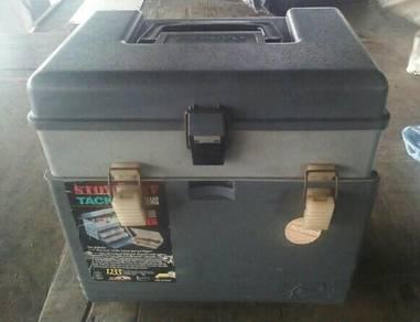 Kotak isi barang pacing ikan untuk dijual
