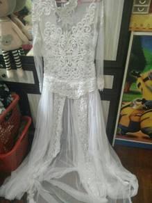 Dress ,, veil n crown .