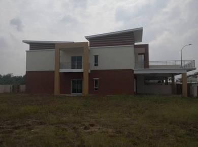 Nilai Warisan Villa Corner Double Story