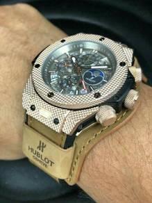 Jam tangan special edition