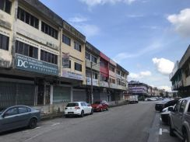 3 sty Shop , Ros Merah, Johor Jaya